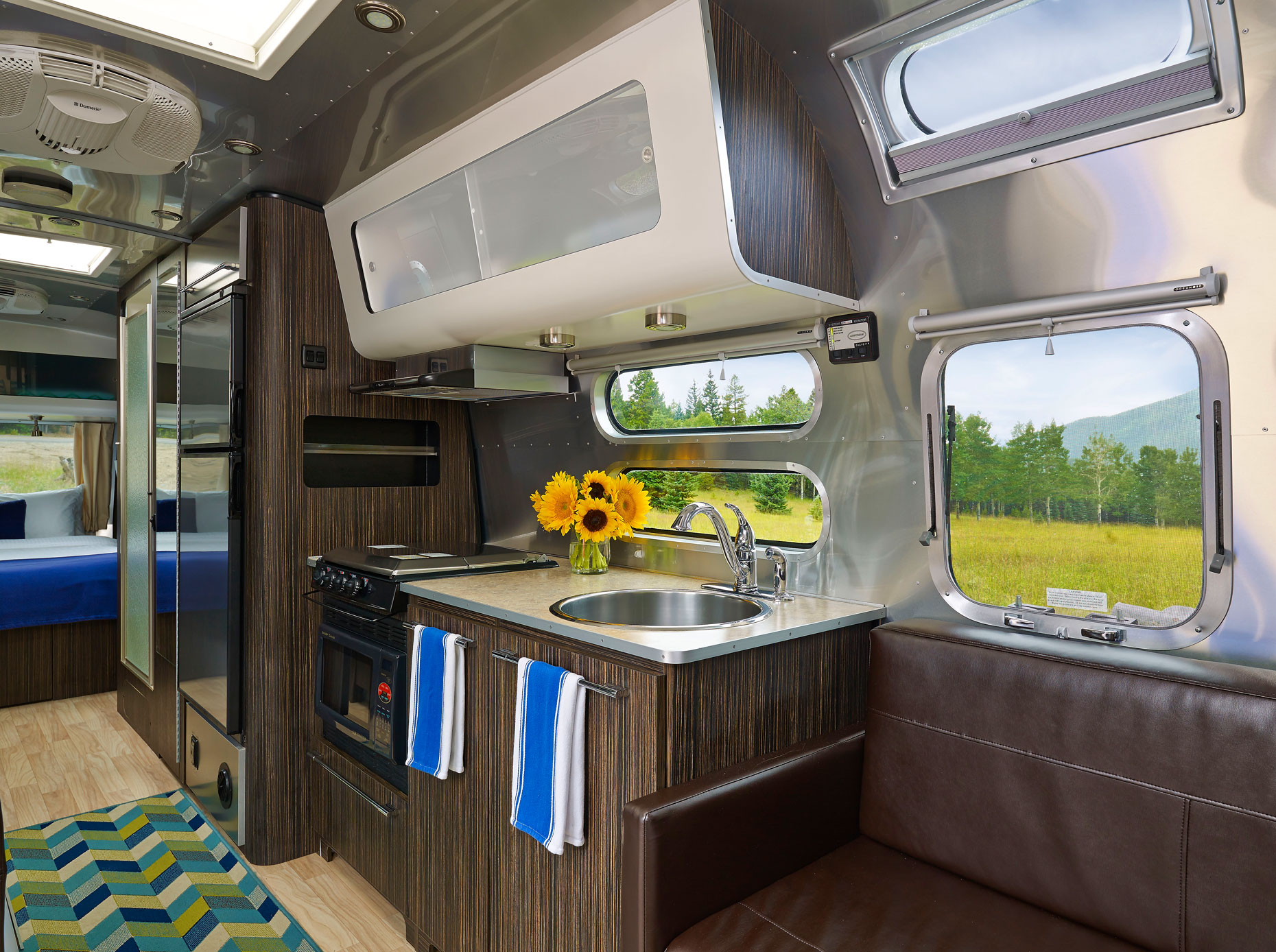 ER_airstream_interior-2_hr